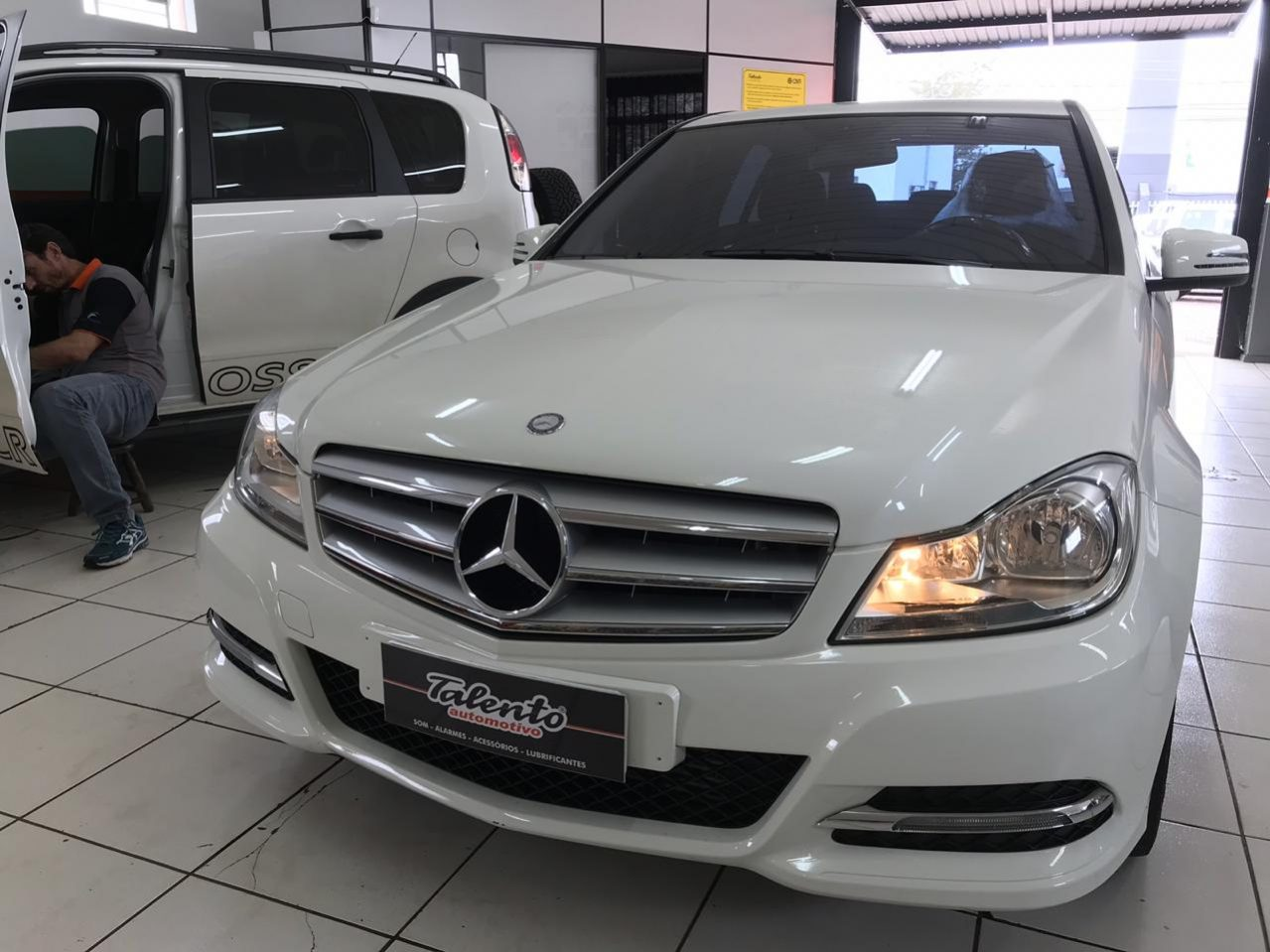Talento-automotivo-cascavel-pr-mercedes-benz-c180