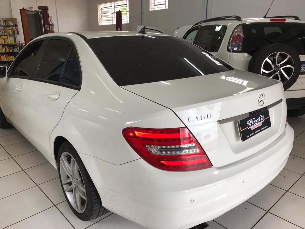 Talento-automotivo-cascavel-pr-mercedes-benz-c180-2